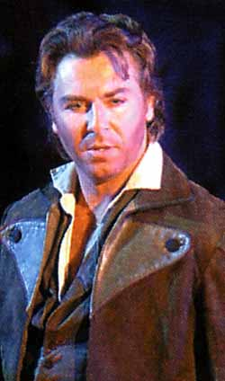 Image: Roberto Alagna in Carmen, Orange 2004