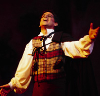 Image: Florez in The Barber of Seville, New York 2002