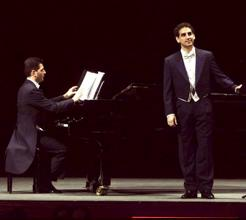 Image: Florez in Recital at Coruña, 7 July 2002. Photo by